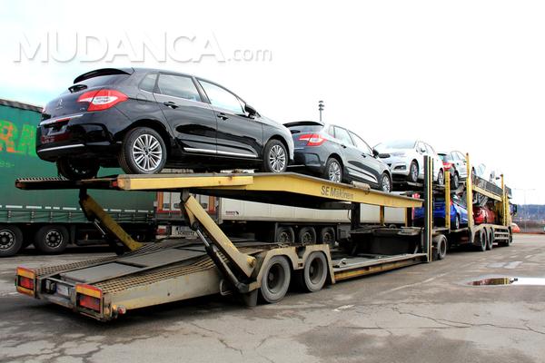 Documentos necessários para transportar veículos