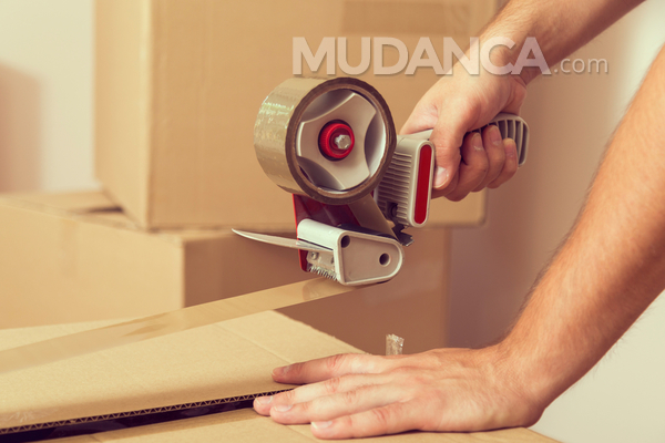 Cuidados com a embalagem para o guarda-móveis